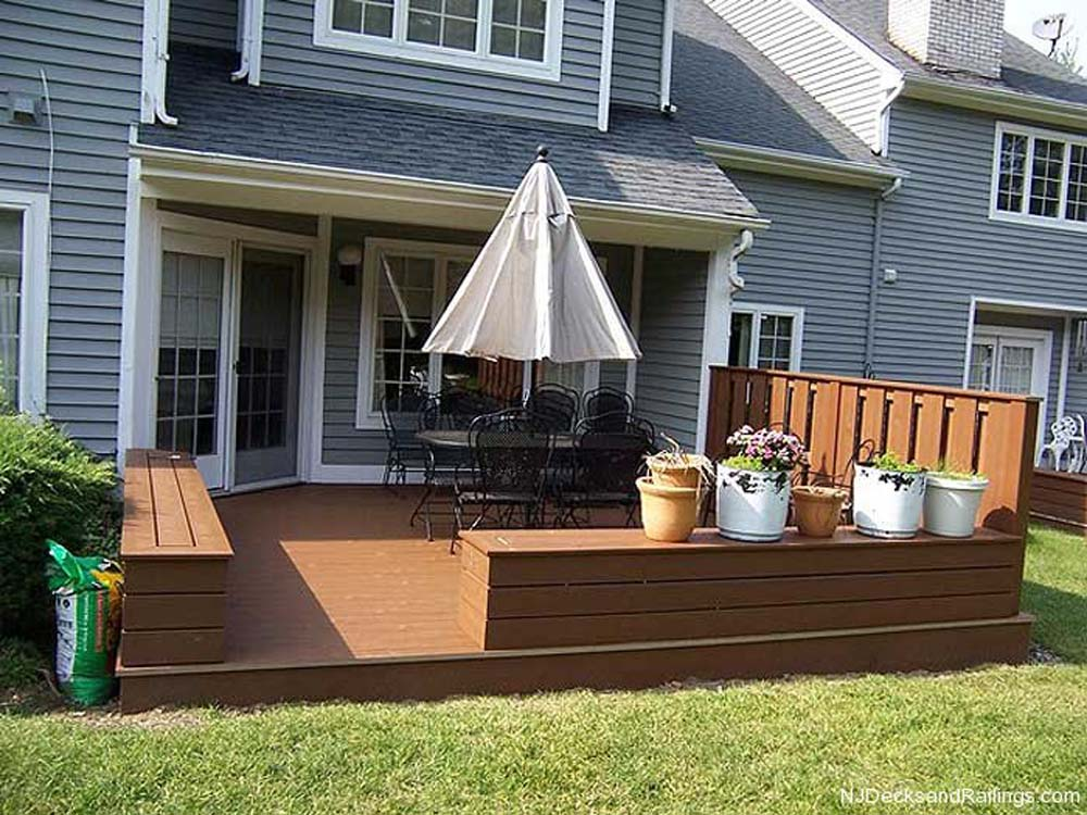 Trex deck with skirt boards and benches